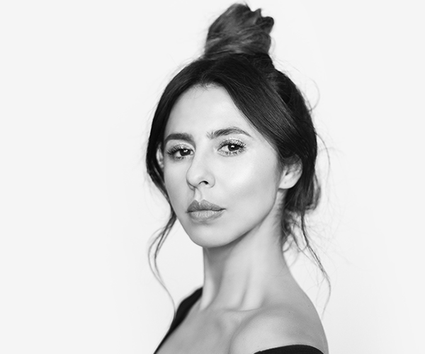 Andrea Gomez: ANDREA GÓMEZ - María Clara López